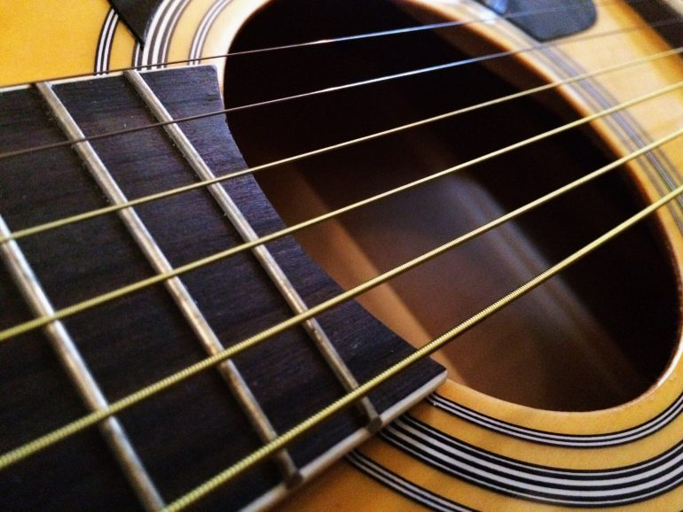 illustrative image of Coated Vs. Uncoated Guitar Strings 2