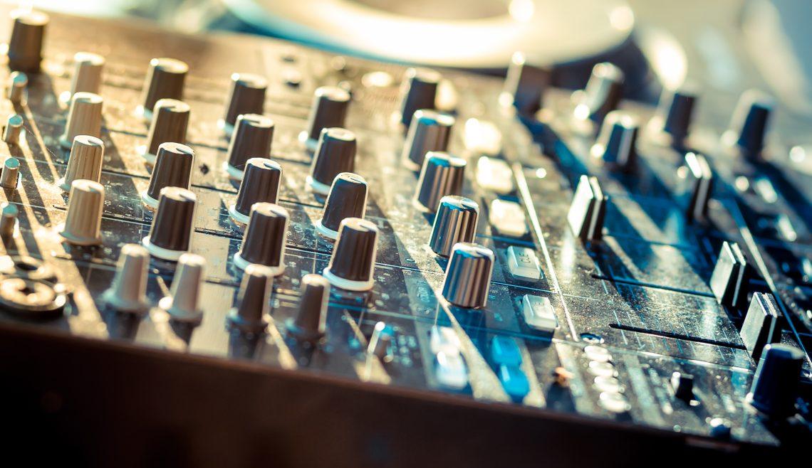 a part of outdoor mixer - illustrative image of Powered Mixer Vs. Unpowered Mixer