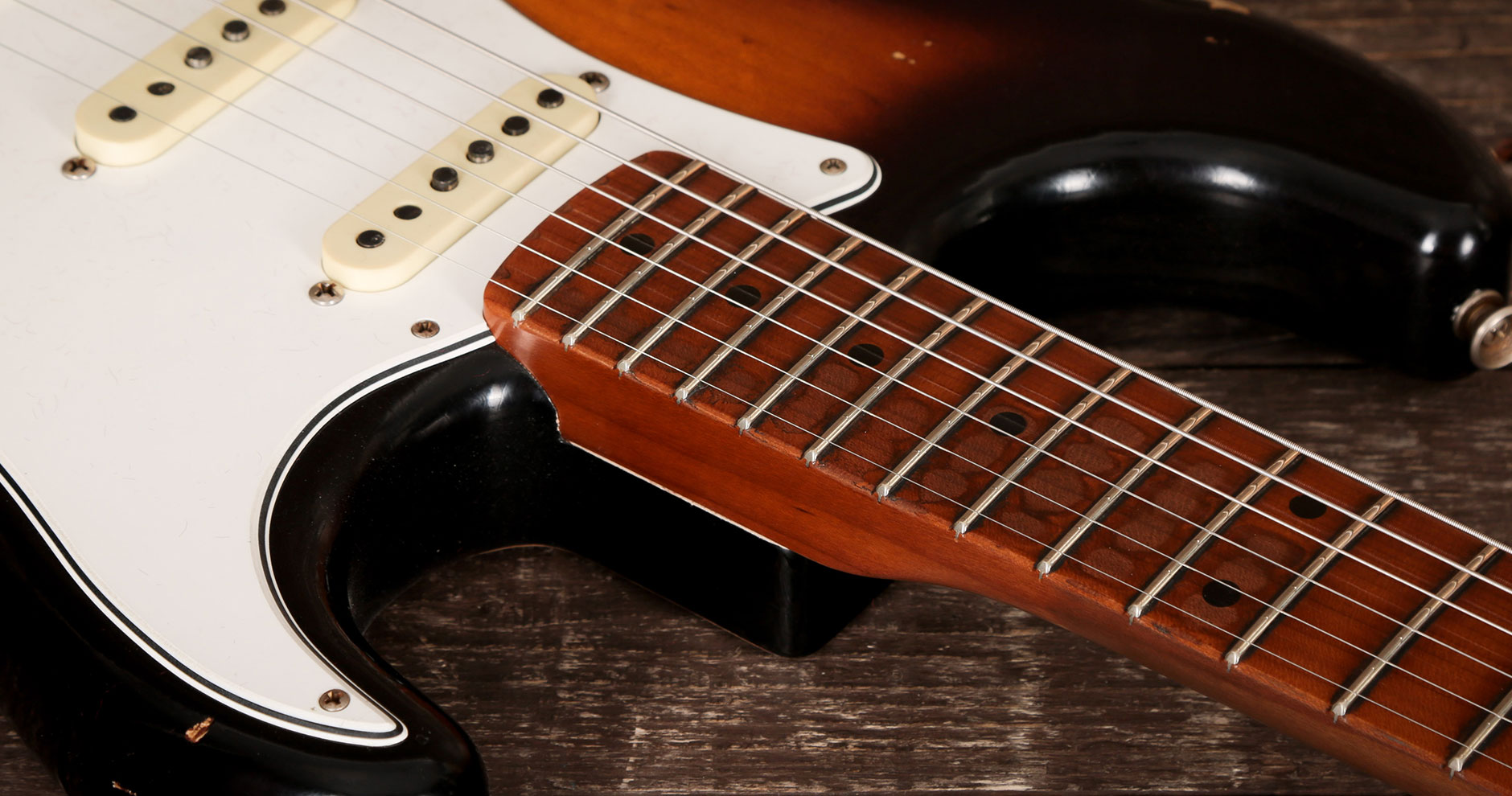 illustrative image of Coated Vs. Uncoated Guitar Strings
